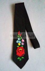 Nyakkendő kézzel hímzett kalocsai mintával